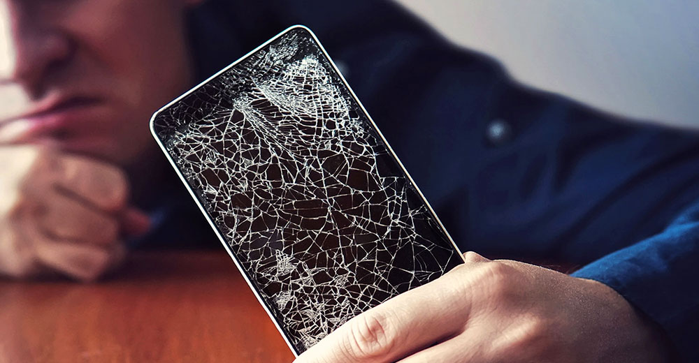5 Best Ways to Make Your Cell Phone Screens Stop Cracking The Definitive Guide