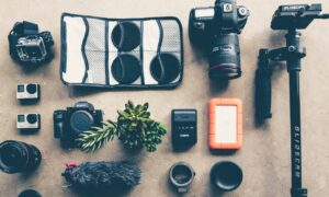 Essential-Gadgets-for-Vloggers